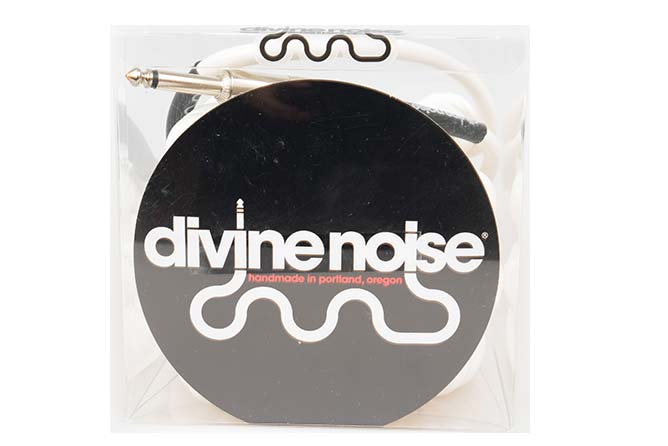 Divine Noise 9m Curly Cable Glossy White (ST-ST)