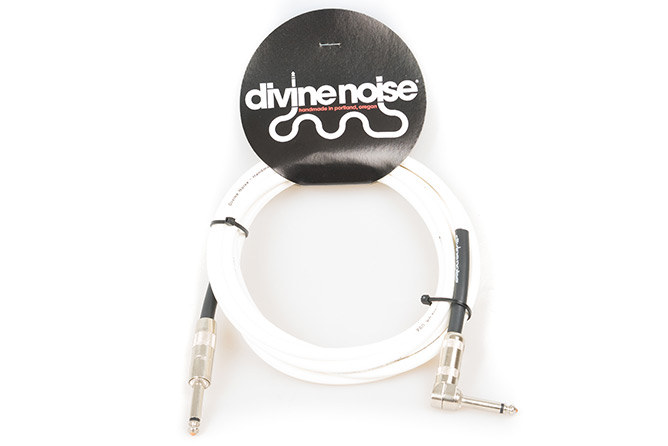 Divine Noise 3m Straight Cable Glossy white (ST-RA)