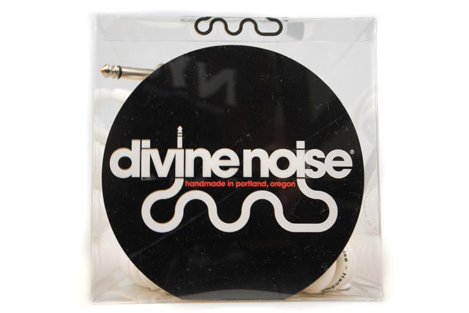 Divine Noise 9m 50/50 Cable Glossy White (ST-RA) - Right Angle on straight end